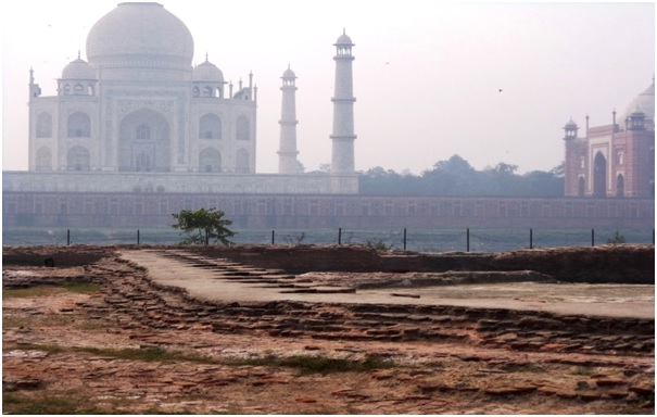 Quest for the Black Taj at the mysterious Mehtab Bagh, Agra ...