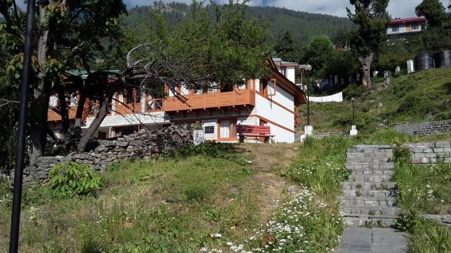 Hotel Kinnaur Kailash